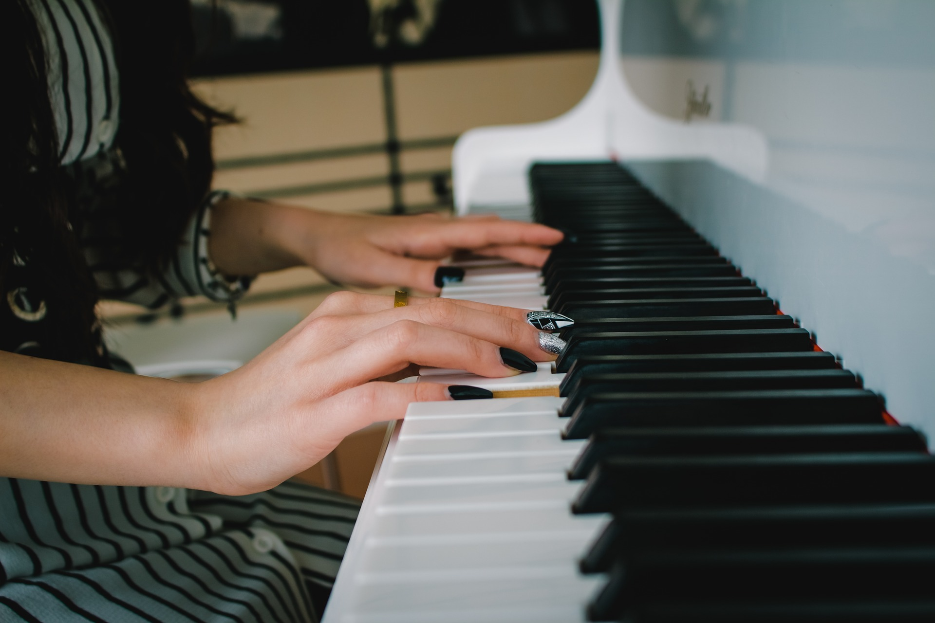 10 Benefits of Piano Lessons Tampa FL